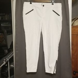 "Lane Bryant ""Genius Fit"" ankle jeans size 16"